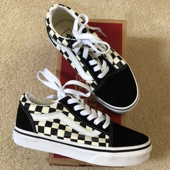 NEW Kids Checkered Old Skool Vans Shoes boys girls NWT